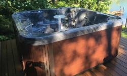 stolik w wannie SPA